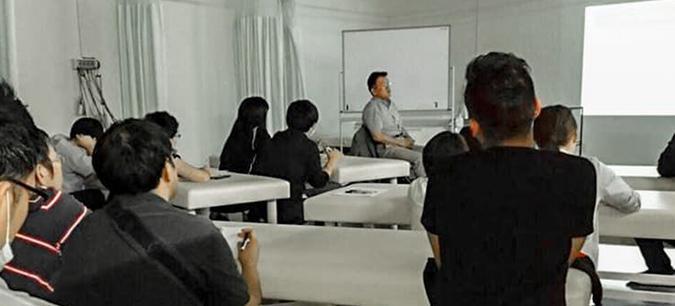 勉強会を行なうことにより、スタッフの意識・技術向上